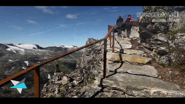 GEIRANGER small, perfectly formed, and beautiful – The Sky Walk excursion – 1500m high