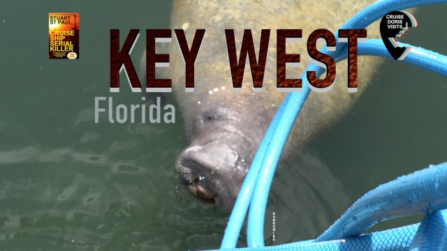 Key West, walking the boardwalk beside the sea